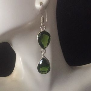 NEW green Olive quartz dangle earrings